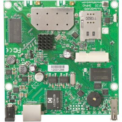 RouterBOARD MIKROTIK 912UAG 600MhzAtheros CPU,64MB,1GigabitLAN,USB,miniPCIe built-in 5Ghz 802.11a/n2x2 2chain 2xMMCX RouterOS L4